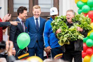 Lietuviškų šaknų turintį Holivudo aktorių Vilnius pasitiko su dainomis