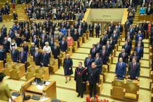 Naujasis Seimas pradėjo pirmąjį posėdį