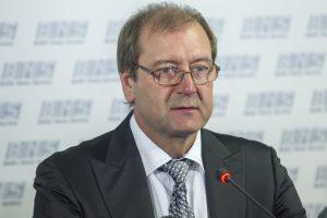 Ant K. Komskio ir V. Uspskicho krito neteisėtų pajamų gavimo šešėlis