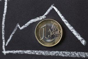 Euro zona: laukia ekonominis stebuklas ar naujos krizės?