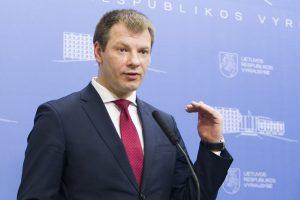 A. Gelūno nutekintame finansų ministro laiške – raginimas taupyti
