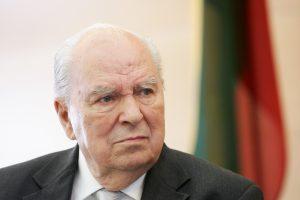 Okupacijos metais Lietuvai atstovavusių diplomatų našlėms – rentos
