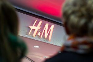 """H&M"" Lietuvoje pradėjo prekybą internetu"
