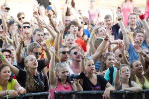 Pertrauka prieš studijas populiarėja ir tarp Lietuvos jaunimo