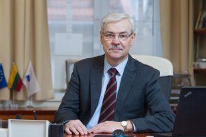 Z. Balčytis pagaliau palieka EP, G. Kirkilas vis dar negali patikėti