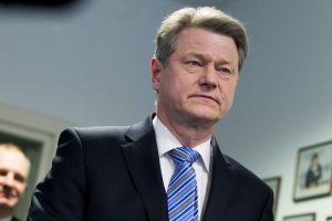 EP komitetas kviečiasi Lietuvos prokurorą dėl R. Pakso neliečiamybės