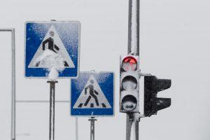 Vilniuje automobilis partrenkė pėsčiųjų perėja ėjusią moterį