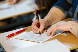 Lietuviai raštingumą vėl galės pasitikrinti rašydami Nacionalinį diktantą