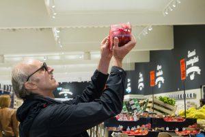 Vartotojų pasitikėjimo rodiklis lapkritį padidėjo 4 punktais