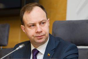 Blogiausiai dirbančiu ministru gyventojai išrinko A. Verygą