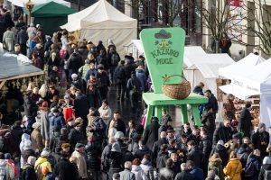 Kaziuko mugė: šimto metrų ilgio stalas ir dovanos Vilniui