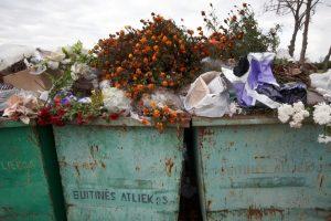 Aplinkosaugininkai tikrins, kaip gyventojai tvarko žaliąsias atliekas