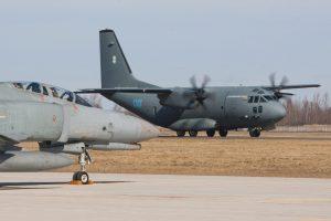 Kariai ir civiliai mokysis likviduoti lėktuvo avarijos padarinius