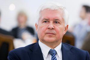 Krašto apsaugos viceministru paskirtas diplomatas V. Umbrasas
