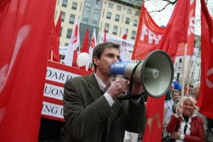 """""""Frontininkai"""" negavo leidimo piketuoti su profesinėmis sąjungomis"""