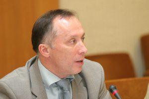 Seimo pirmininkas laikinai stabdo patarėjo A. Krupavičiaus veiklą