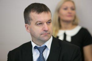 Atsistatydina Aplinkos ministerijos kancleris R. Klovas