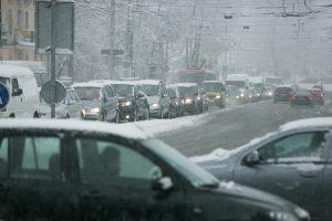 Lietuvos keliuose – avarijos dėl sudėtingų eismo sąlygų