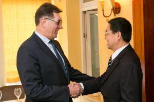 A. Butkevičius: santykiai su Kinija intensyvesni nei bet kada anksčiau
