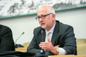Buvęs švietimo ministras D. Pavalkis įsidarbino Kazachstano universitete