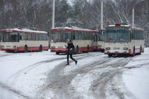 Prie savivaldybės – piketas dėl troleibusų