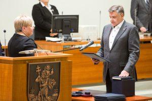 Atskirą frakciją įkūrę Vilniaus liberalai sulaukė bausmės