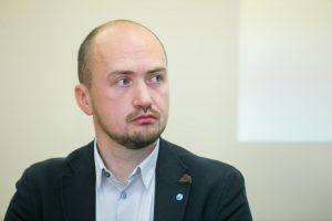 S. Muravjovas atsargiai vertina užmojus patikėti VTEK formavimą nevyriausybininkams
