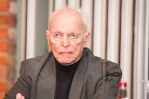 A. Sakalas: turi keistis visa socialdemokratų vadovybė