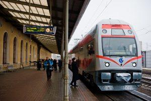 """""""Lietuvos geležinkeliai"""" nebeveš keleivių į Maskvą"""