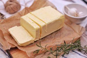 Pienininkai: sviesto kainos gali viršyti ir praėjusių metų rekordus