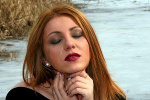 Gydytojas atskleidė, kodėl naudinga išlieti ašaras