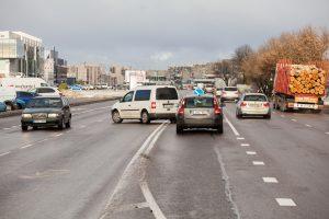 Avaringiausioje sostinės gatvėje nebeliks nereguliuojamų kairiųjų posūkių