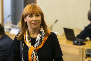 Mokytojai tęsia streiką, J. Petrauskienė kviečiasi profsąjungas