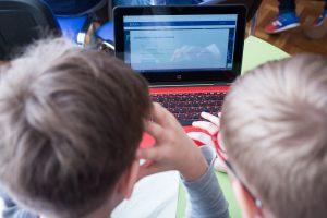 Psichologė: privalomai mokyti penkerių metų vaikus – per anksti