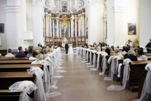 Santuokai bažnyčioje krikšto nebepakaks