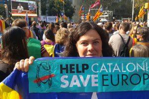 """""""Nepriklausoma"""" Katalonija rytą pasitiko tiesiogiai valdoma Madrido"""