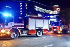 """Per gaisrą """"Ozo"""" prekybos centre buvo evakuota apie 800 žmonių"""