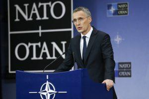 """Pratybas """"Geležinis vilkas"""" stebės ir NATO generalinis sekretorius"""