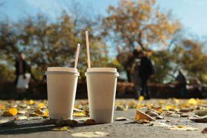 Kaip geriant kavą mažiau teršti aplinką?