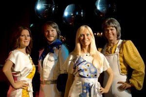 Grupė ABBA surengė pirmą pasirodymą ant scenos po 30 metų pertraukos