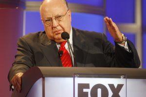 Lytiniu priekabiavimu apkaltintas JAV televizijos vadovas atsistatydino