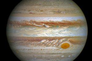 Kas nutiktų, jei pamėgintume atsistoti ant Jupiterio?