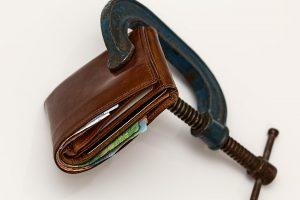 Tipinis lietuvis skolininkas: sulaukęs 43-ejų ir skolingas 660 eurų