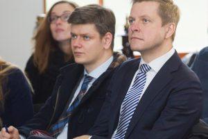 Žodžių mūšis: Vilniaus liberalai ir konservatoriai keičiasi kaltinimais