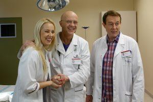 """Serialo """"Rezidentai"""" aktoriai egzaminavo medicinos studentus"""
