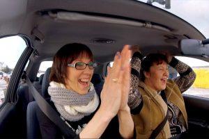Ūkininkė laidoje įrodė: vyresni žmonės irgi gali vairuoti gerai