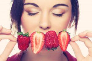 Vasara neturi sugriauti mitybos ritmo (desertų receptai)