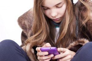 Dalykai, kuriuos reikia žinoti perkant telefoną vaikui