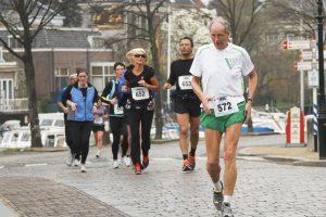 Bėgioti – niekada nevėlu: patirtimi dalijasi įpusėjusieji amžių