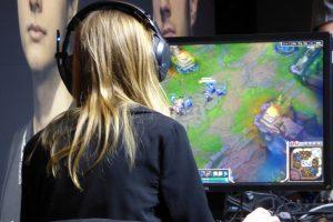 Su kokiomis grėsmėmis susiduria kompiuterinių žaidimų mėgėjai?
